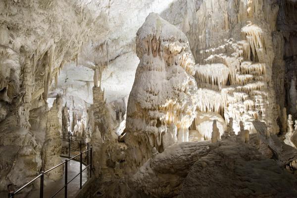 Las cuevas de POSTOJNA