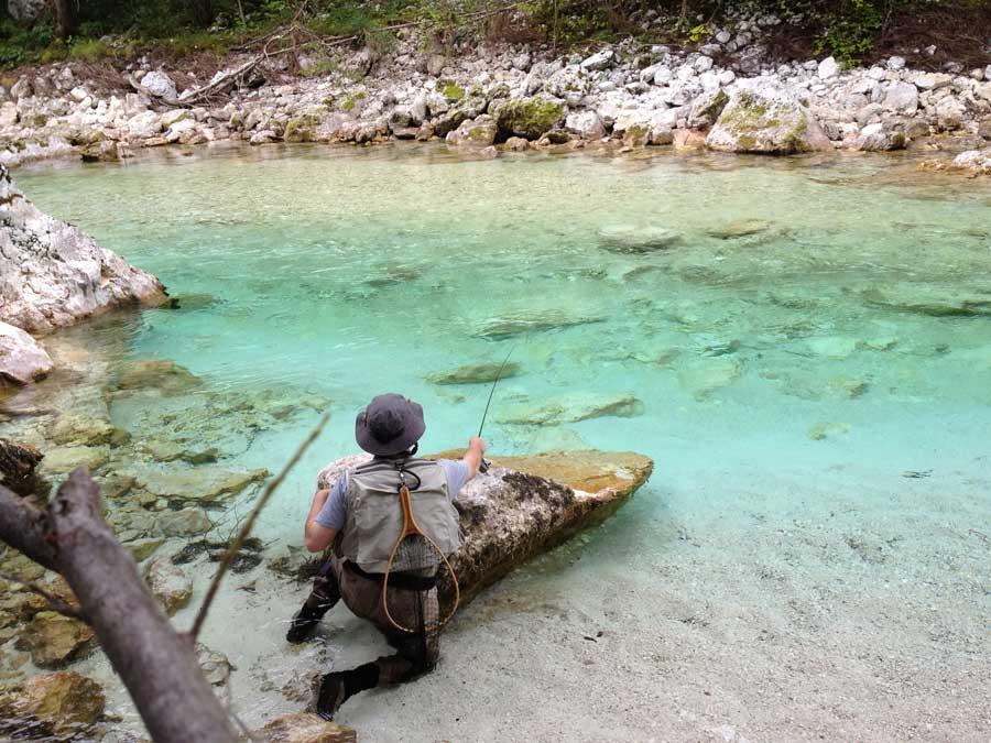 Pesca en el río Lepena
