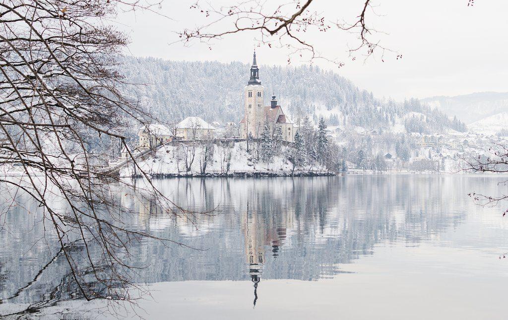 Vista del lago Bled